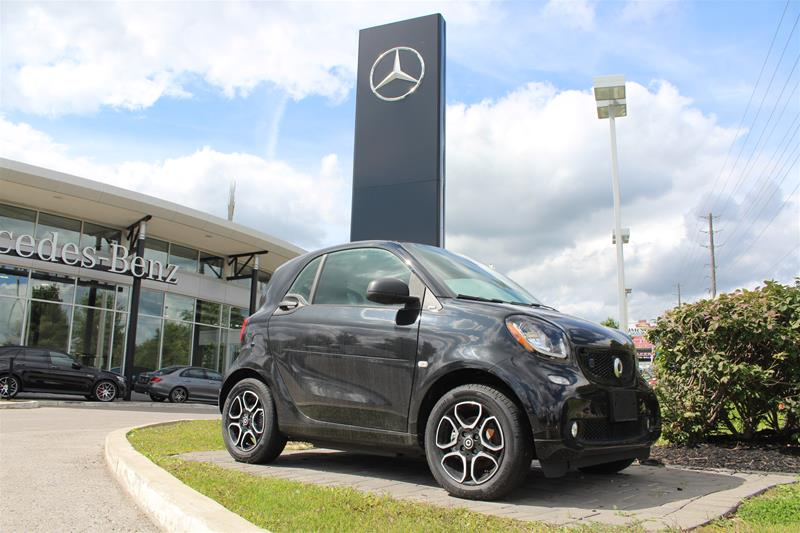 New 2018 smart fortwo coupe electric drive cpé